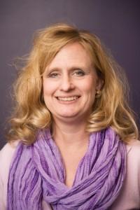 Ellen (Hoelscher) McLain ('87)
